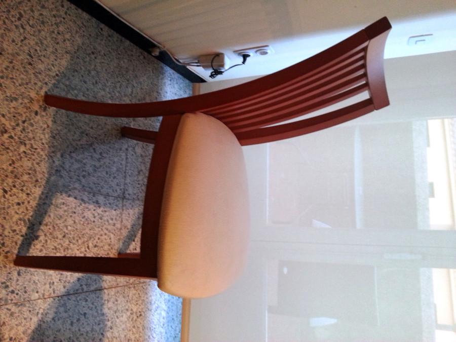 Tapizar cuatro sillas de comedor en tela color blanco - Precio tapizar sillas ...