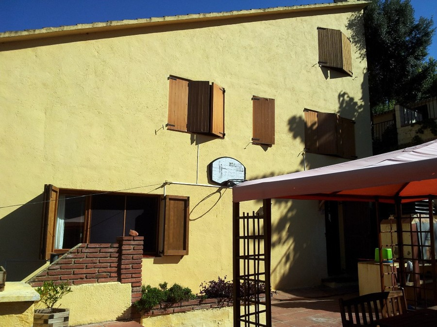 Pintar la fachada de mi casa riells del fai barcelona - La casa de mi tresillo ...
