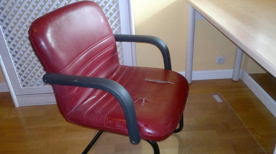 Tapizar silla de oficina peque a no sill n polipiel - Precio tapizar sillon ...