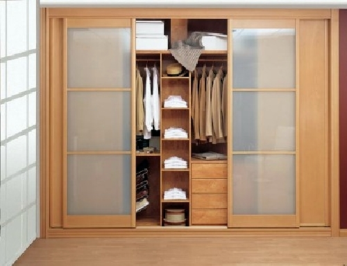 Para nuestra familia precio puertas correderas armario for Puertas correderas bricor