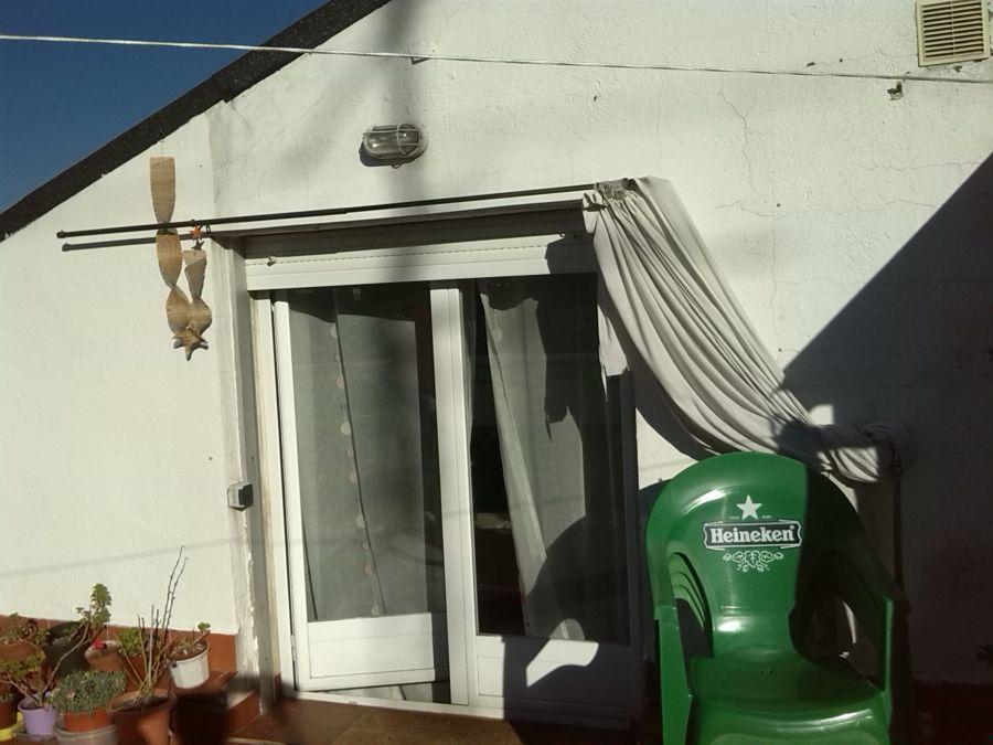 Toldo autom tico en terraza tico arganzuela madrid for Toldo terraza atico