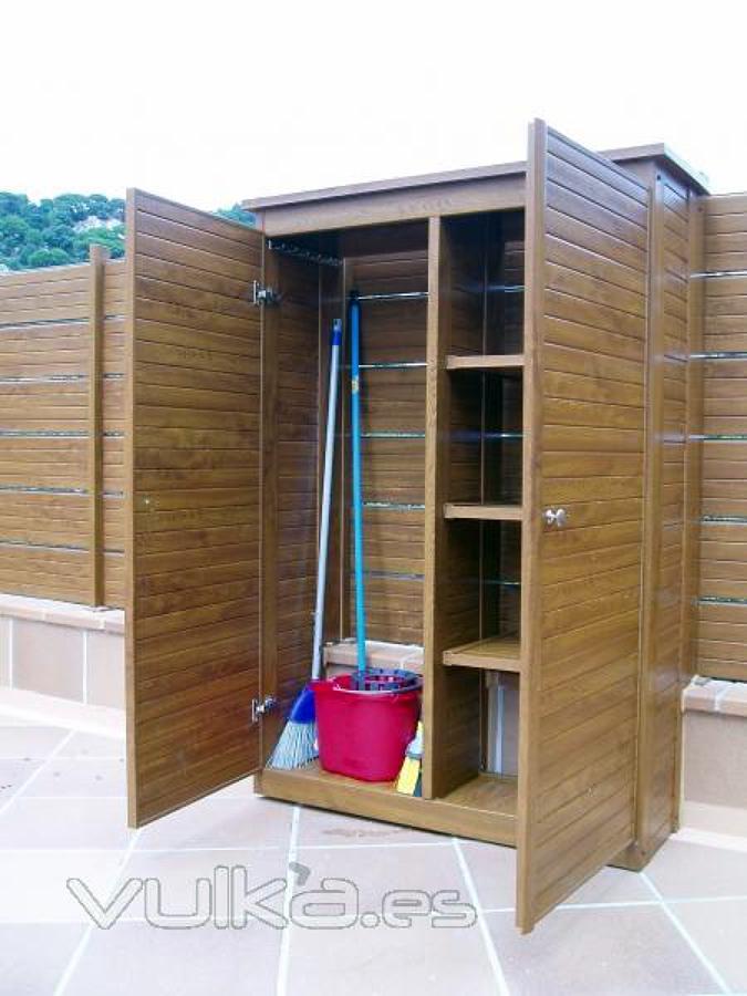 Armario exterior en madera sant cugat del vall s - Armario de plastico para exterior ...