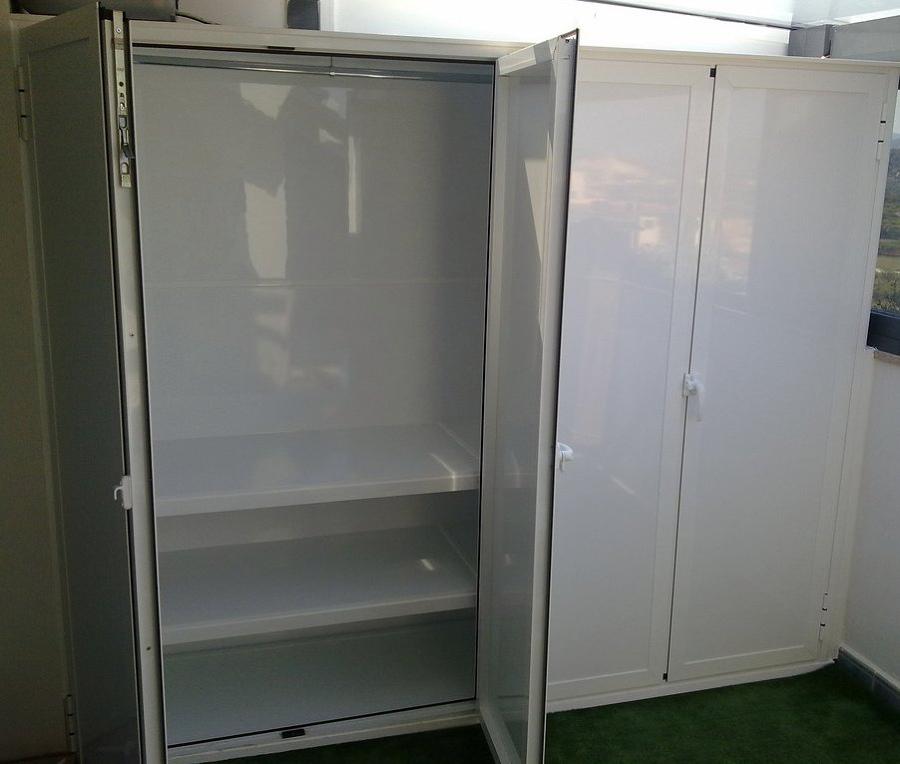 Instalar armario de aluminio blanco exterior hermetico for Armario para patio