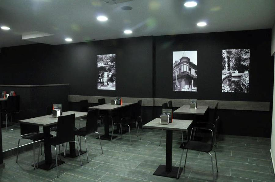 Decoraci n mobiliario cafeteria panaderia cardedeu for Decoracion cafeterias modernas