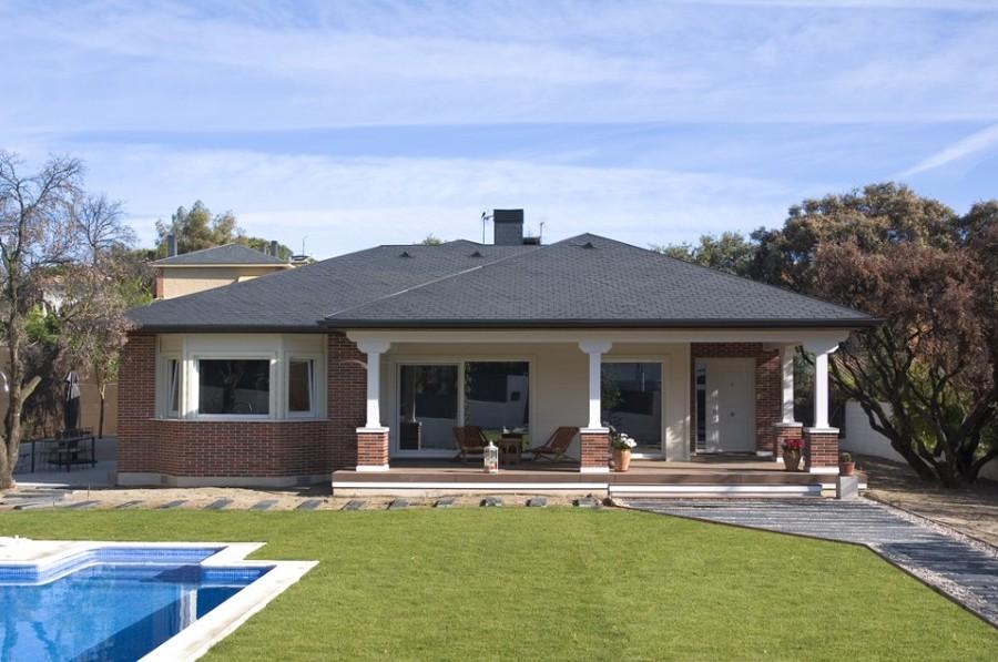 Construir casa independiente de unos 80 m2 collado for Construir casa precio m2
