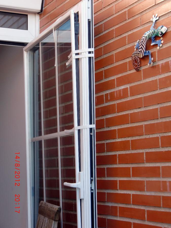 Puerta de aluminio madrid madrid habitissimo for Presupuesto puerta aluminio