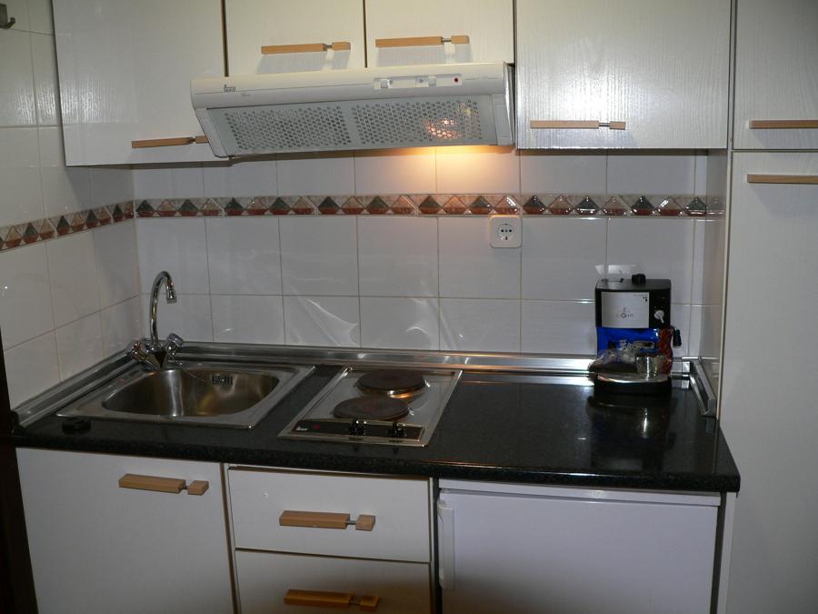 Poner suelo de tarima en estudio de 35 m2 alicante - Tarima para cocina ...