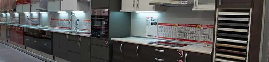 Montaje de cocina modular 2 20 metros valdemoro madrid for Cocinas de 2 metros