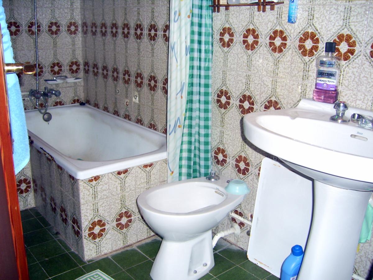 Cambiar ba era palma de mallorca illes balears for Cambiar cuarto de bano
