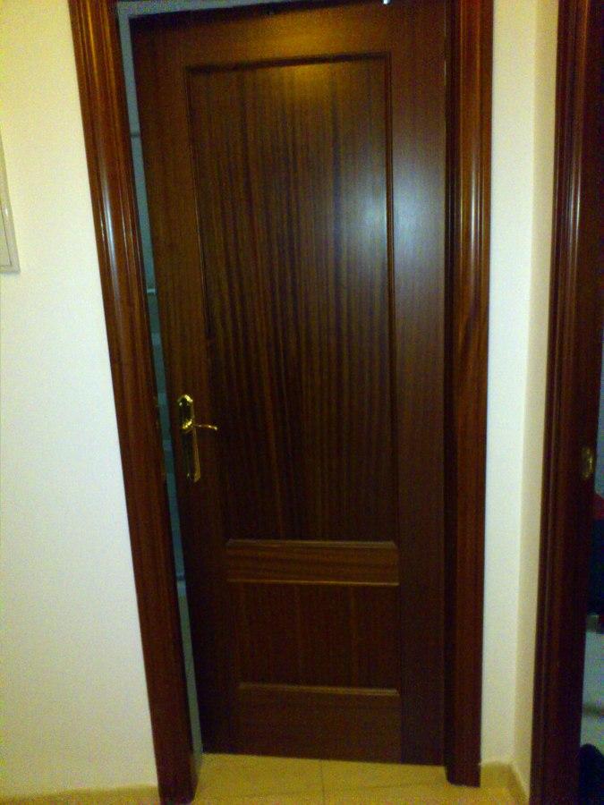Lacar puertas interior vivienda viso del alcor sevilla for Puertas para vivienda