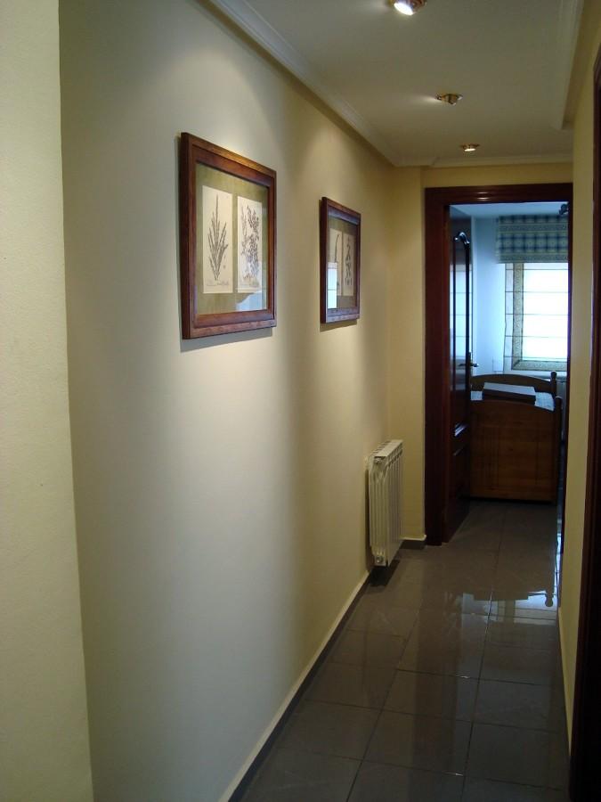 Pintar piso y lacar 4 puertas en blanco zaragoza - Pintar puertas en blanco ...