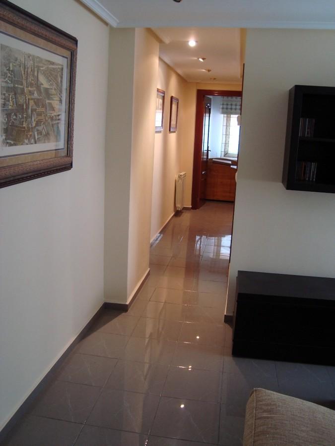 Pintar piso y lacar 4 puertas en blanco zaragoza for Lacar puertas en blanco