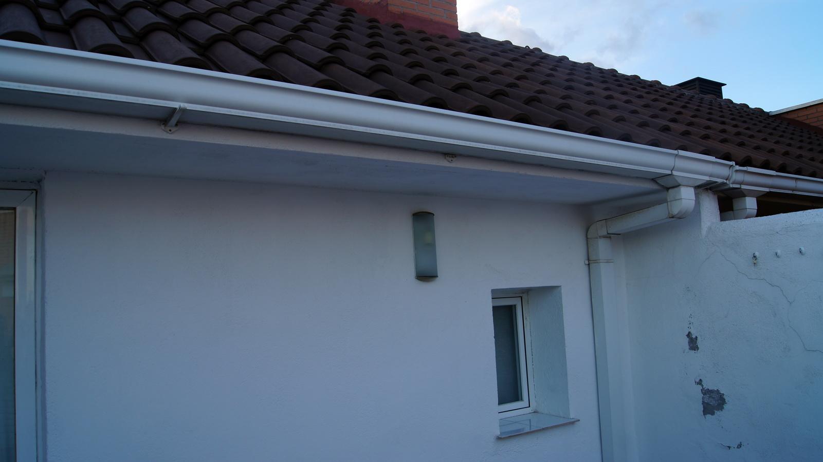 Precio toldo terraza dise os arquitect nicos for Precios de toldos para terrazas