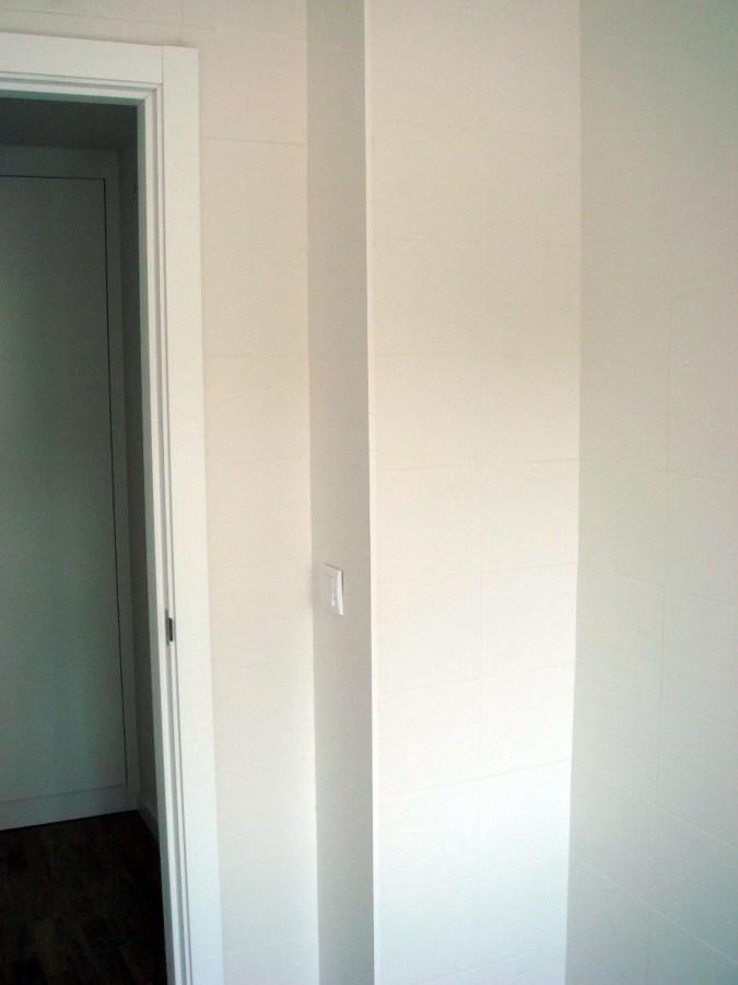 Instalar puerta corredera encastrable madrid madrid for Puertas correderas madrid