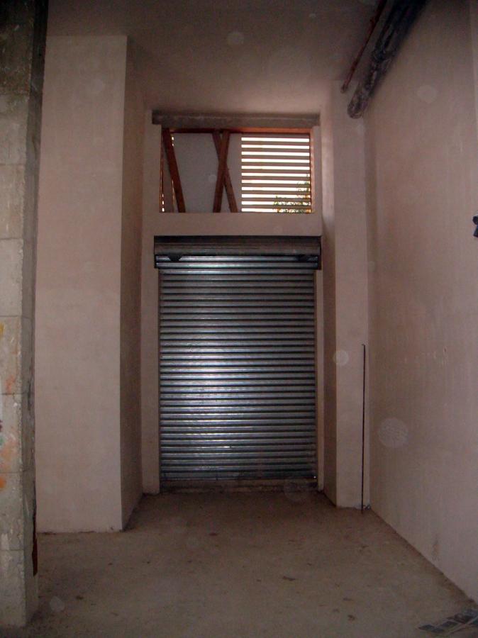 Casa de este alojamiento instalacion de puerta 2 hojas precio for Puerta de casa precio