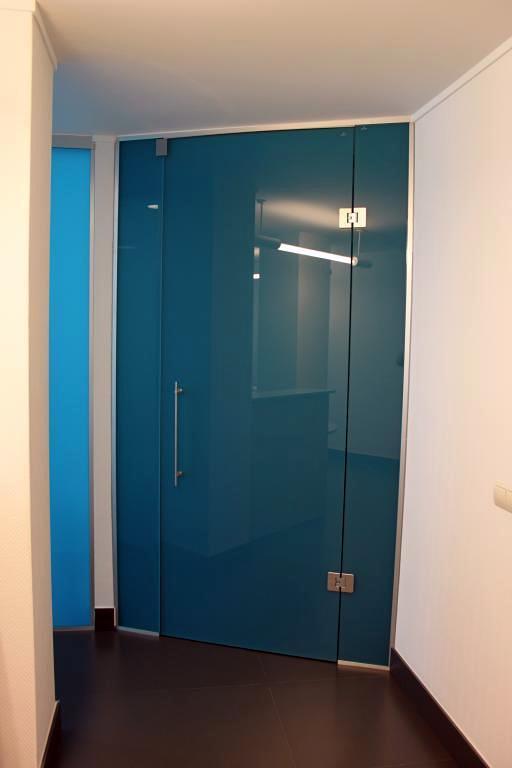 Instalar puerta abatible cristal con paneles para cubrir - Puerta cristal abatible ...
