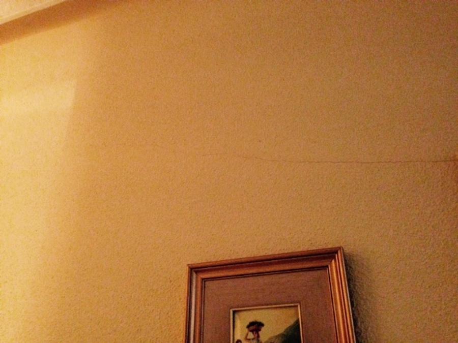 Reparar grietas y pintura gotel madrid madrid - Reparar grietas pared ...