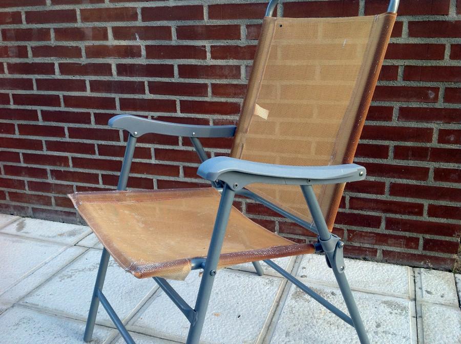 Tapizar cuatro sillas de jard n aldeamayor de san martin for Tapizar sillas precio