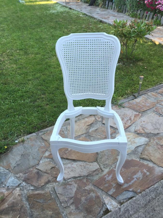 Tapizado sillas rejilla as pontes de garcia rodriguez a - Presupuesto tapizar sillas ...
