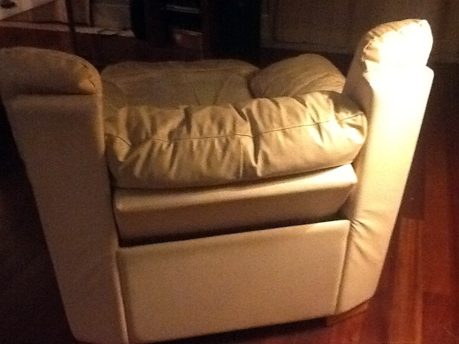 Tapizar sill n relax natuzzi en piel valencia valencia - Precio tapizar sillon ...