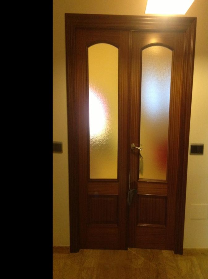 Lacar puertas interiores en blanco huercal de almer a for Precio puertas macizas