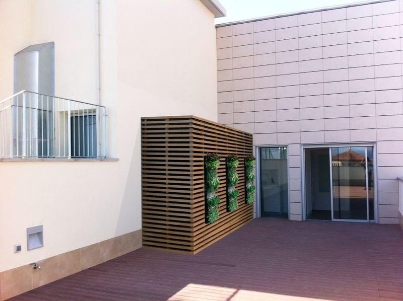 Armario caseta contenedor con ventana para terraza tico for Casetas para terrazas