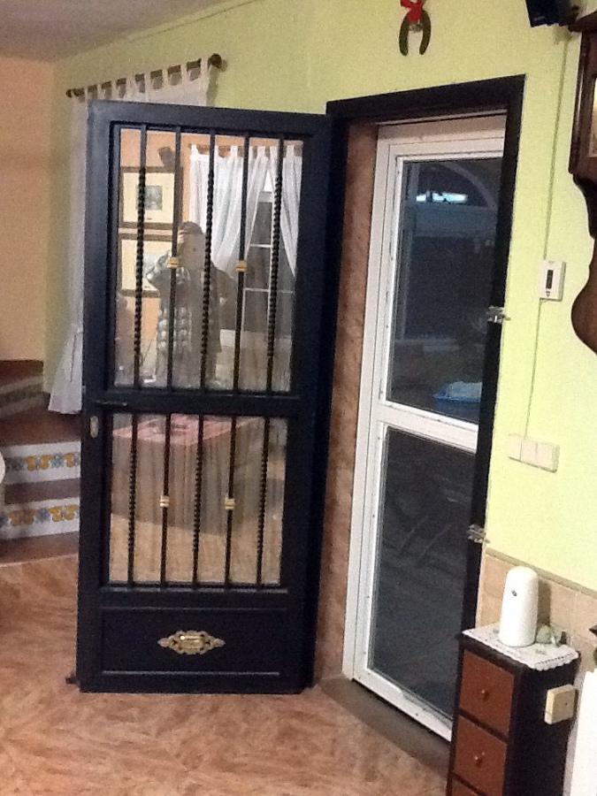 Instalar puerta de forja en cocina gilet valencia - Puerta abatible cocina ...