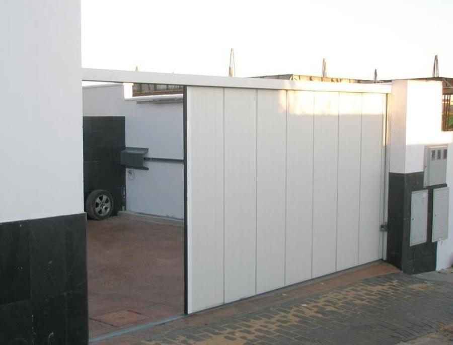 Instalar 2 puertas de garaje andratx illes balears for Puerta garaje seccional precio