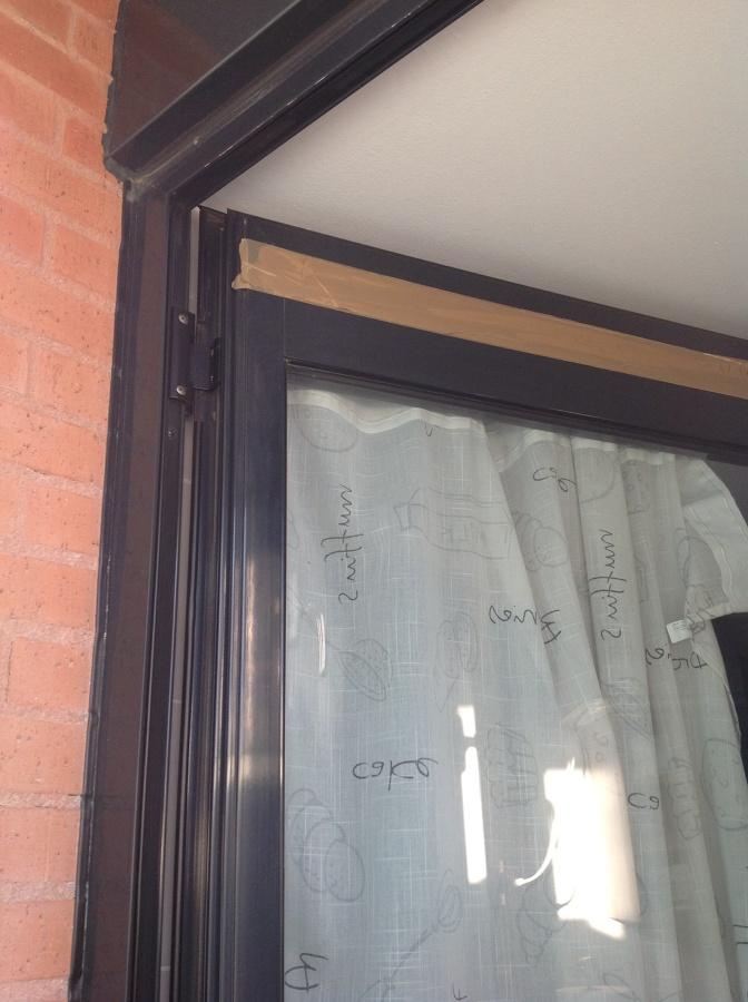 Arreglar puertas de aluminio cocina y corredera terraza - Puertas correderas terraza ...