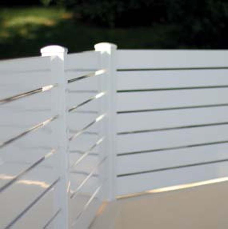 Valla jard n sobre muro cerdanyola del vall s barcelona for Vallas de aluminio para jardin