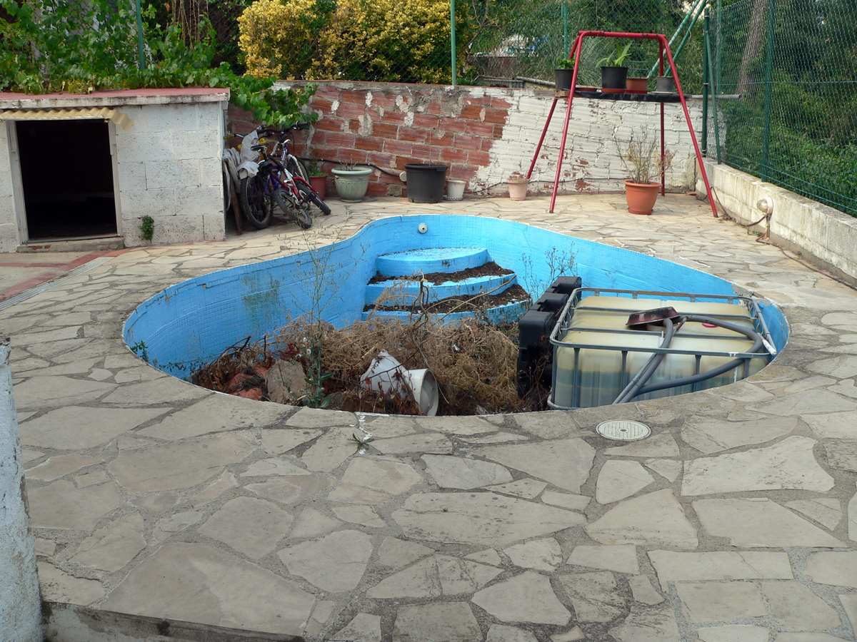 tarima para tapar piscina lloret de mar girona