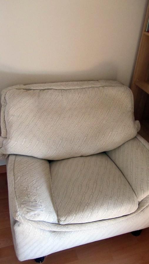 Tapizar parte de un sof y un canap de polipiel san for Reparar sofa polipiel