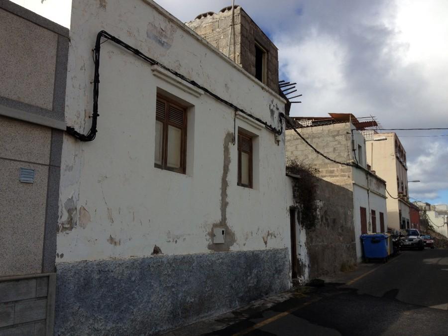 Reforma casa antigua y construccion garaje y primera - Presupuestos construccion casa ...