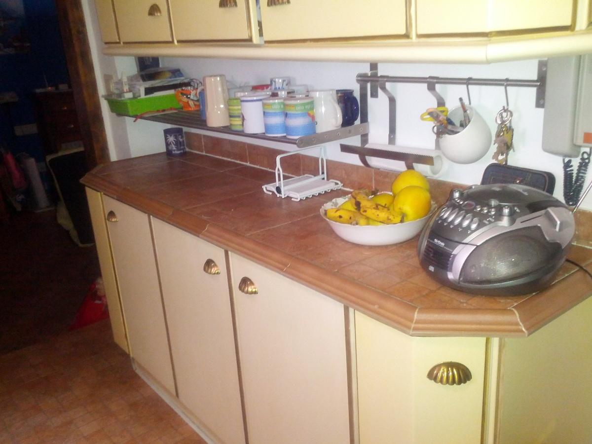 Cambiar encimera cocina granada granada habitissimo - Cambiar chicles cocina ...