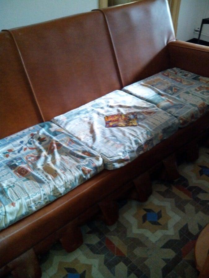 Casas cocinas mueble como tapizar un sofa de piel - Tapizar sofa de piel ...