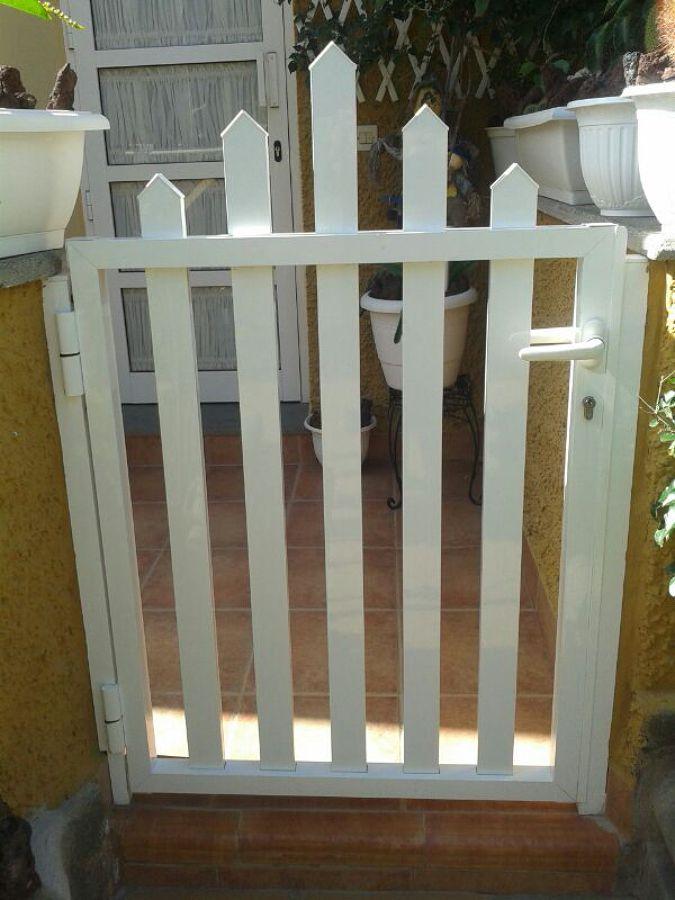 2 puertas peque as de aluminio las palmas de gran for Puertas correderas pequenas