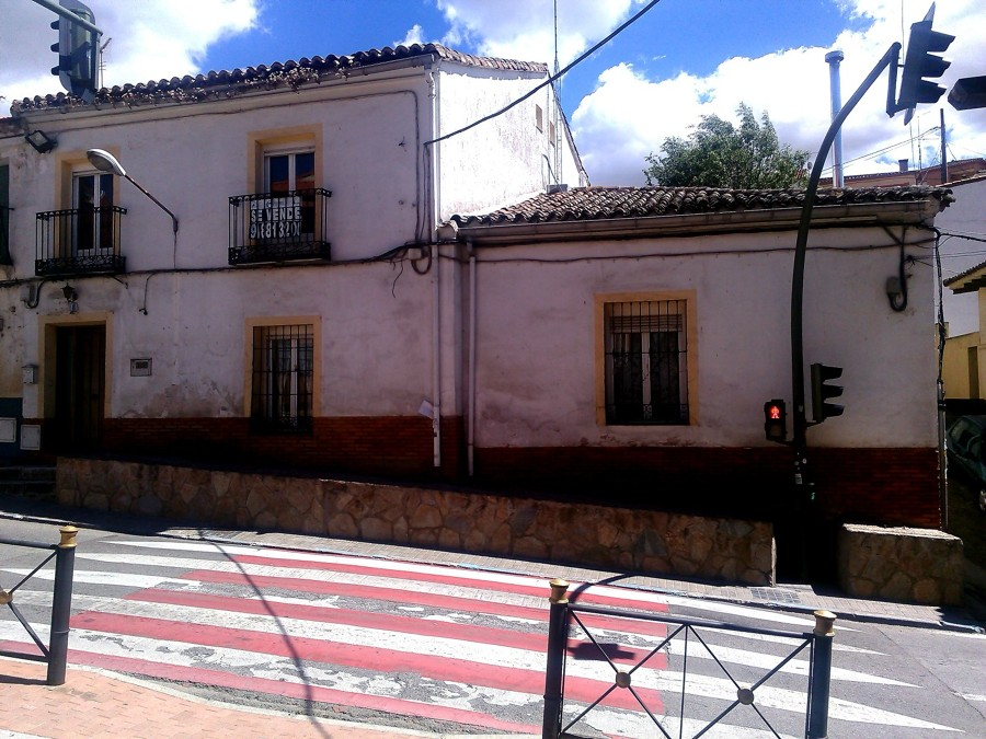 Enfoscar y pintar fachada casa unifamiliar los santos de la humosa madrid habitissimo - Pintar la fachada de mi casa ...