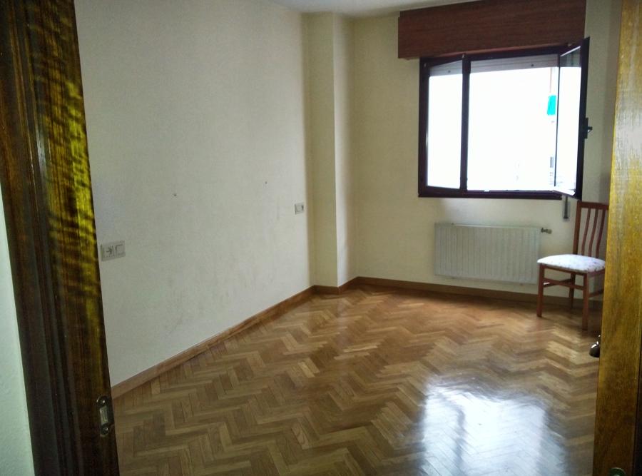 Quitar gotel en techos y paredes de dos habitaciones un - Precio quitar gotele ...