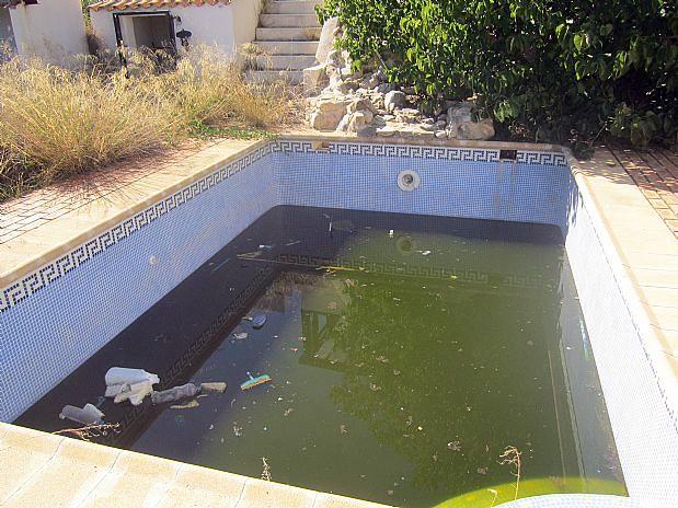Instalar depuradora baza granada habitissimo for Instalar piscina precios