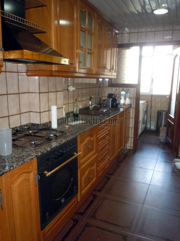Cambiar muebles de cocina gornal l 39 hospitalet de - Cambiar puertas muebles cocina ...