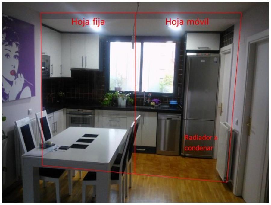 Mampara de cristal para separar cocina de salon y evitar - Cocina salon separados cristal ...
