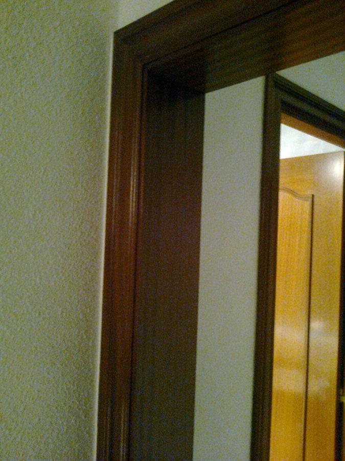 Sustitucion revestimiento marcos de madera de puertas l for Marcos de madera para puertas