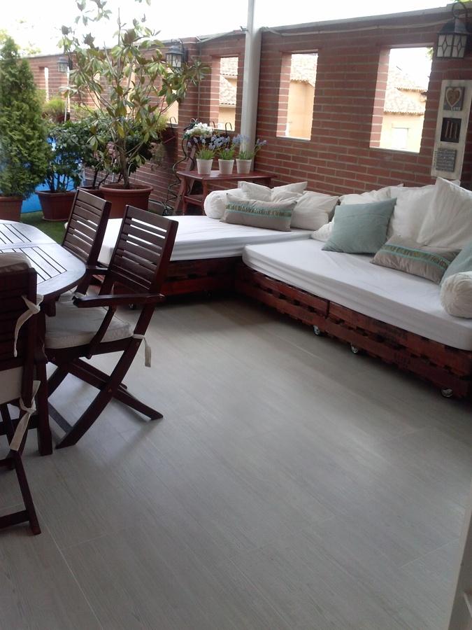 Tapizar sof exterior hecho con palets necesito share the - Precio tapizar sofa ...