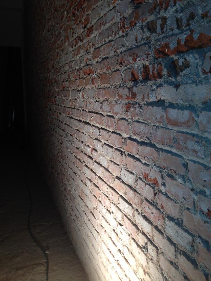 Hacer limpieza rejuntado de llaga y aplicacion barniz en - Muros de ladrillo visto ...