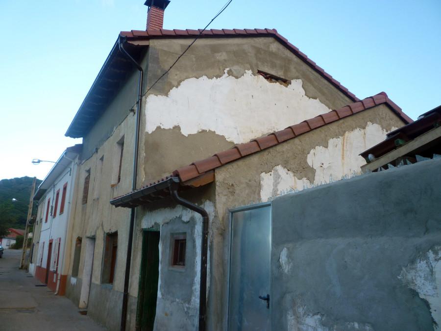 Rehabilitar fachada casa de barruelo aguilar de campoo for Rehabilitar casa