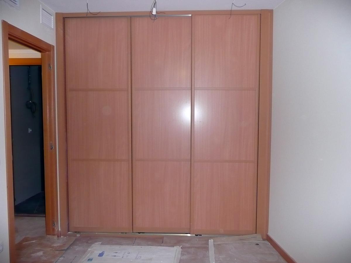 Forrar armario zaragoza zaragoza habitissimo - Forrar puertas armarios ...