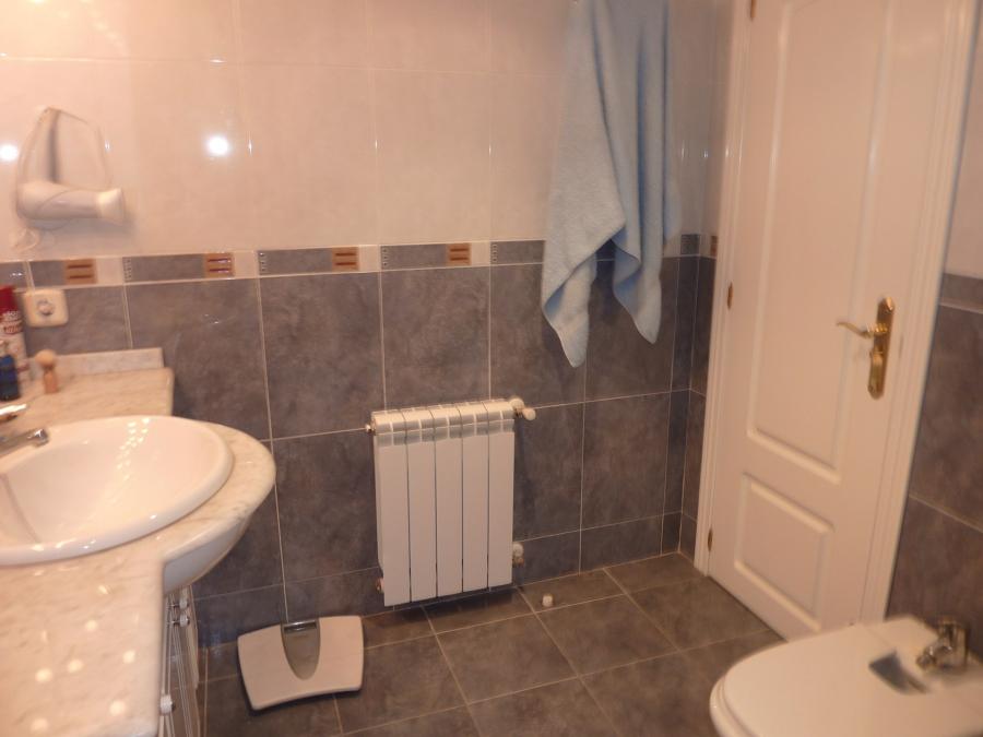 Rehabilitar azulejos sueltos cuarto de ba o oviedo - Azulejos para banos precios ...