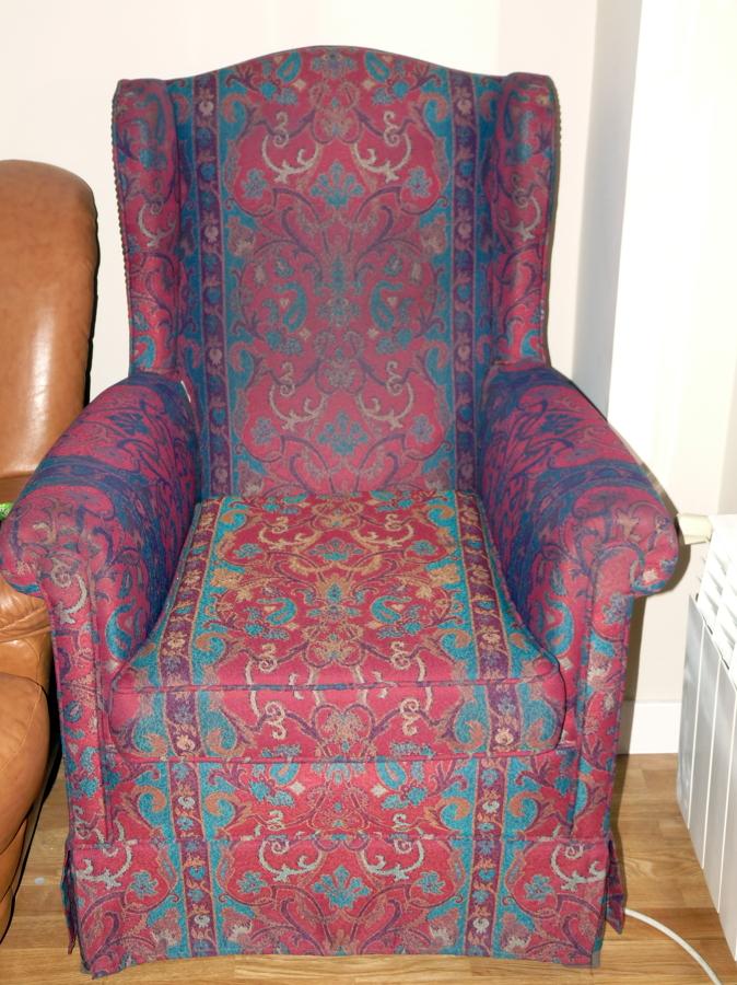Tapizar sillones sillas mecedora y cubrir mesa vitoria - Tapizar sillas precio ...