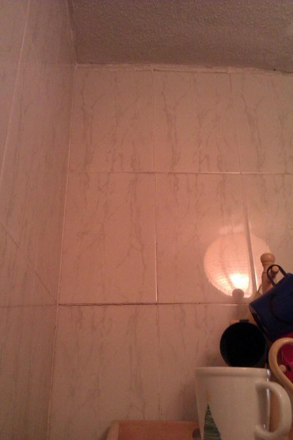 Reparaci n paredes con azulejos caidos alicatar madrid - Presupuesto alicatar bano ...