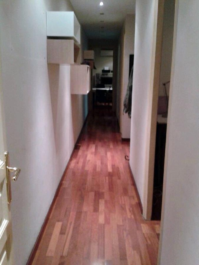 Pintar interior piso solo de blanco en sagrada familia - Precio pintar piso barcelona ...